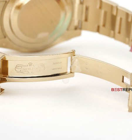 GMT-master-II-All-Gold-clasp