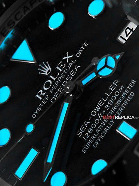 Rolex-Sea-Dweller-Deepsea-lume